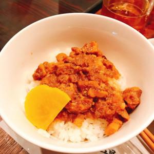 古早味魯肉飯。台湾屋台の定番です。