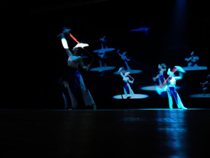 舞鈴劇場のパフォーマンス2 幻想的な雰囲気